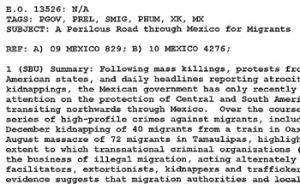 """La embajada citó información que indica que """"las autoridades de migración y de la policía local"""" en México """"a menudo hacen la vista gorda o se confabulan en"""" los secuestros y las masacres llevadas a cabo por los cárteles de la droga."""